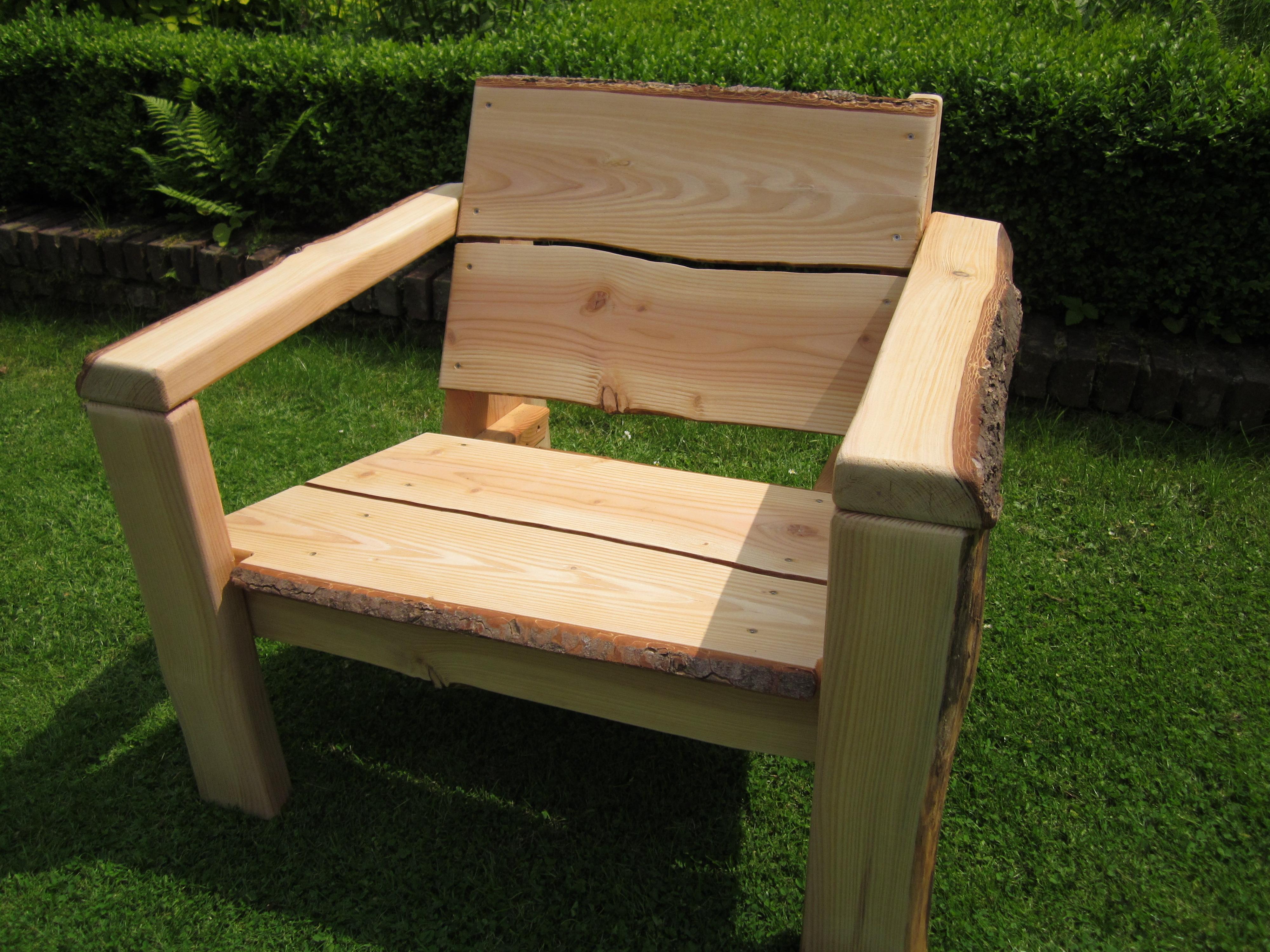 Houten lounge stoel halve parasol - Smeedijzeren stoel en houten ...
